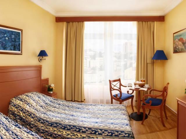 Киев гостиницы цены