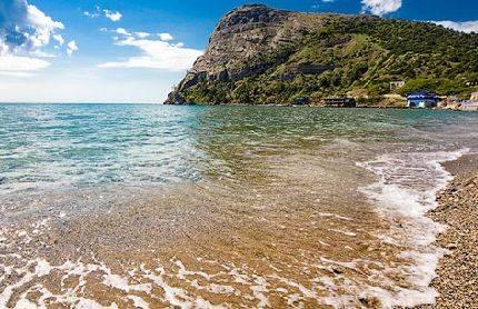 Эллинги в веселовской бухте - чистое море и галечный пляж, вдали от городской суеты, до моря 30м