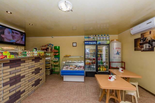 Картинки по запросу база відпочинку верона кирилівка кафе